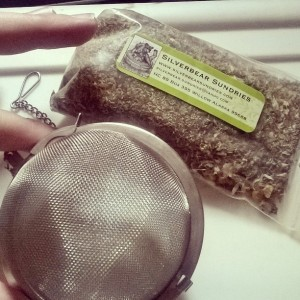 Here's a bag of my loose tea and tea ball. ^_^